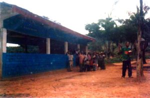 05-congo-church2